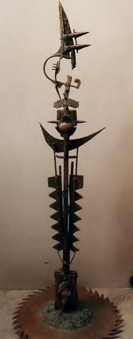EL ARQUERO Y LA LUNA, hierro, acero y madera, 2008.