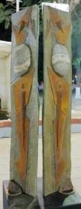 SILENCIO ANCESTRAL III, palosanto, granito y hierro, 180 cm. de altura, 2015. J. J. Castelli, Chaco.